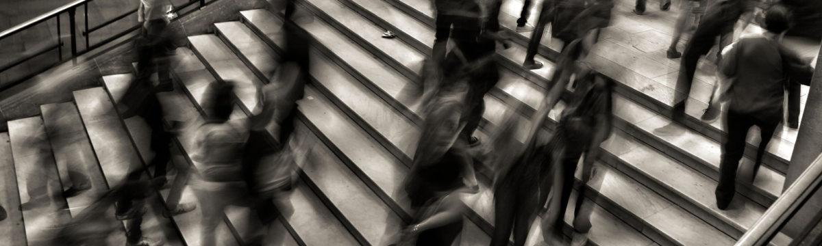 People in a lobby, photo by José Martín Ramírez C on Unsplash